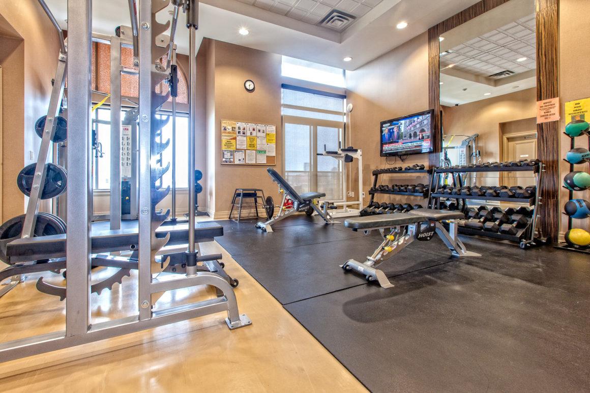 Fitness Studio - Chicago Condominiums at Mississauga City ...